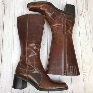 Bass Sabina Square Toe Boots Cognac Leather 7.5